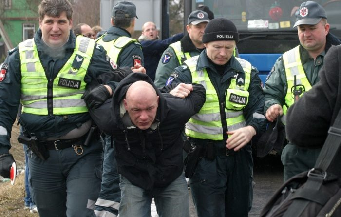 Украинцы напали на полицейских в Польше
