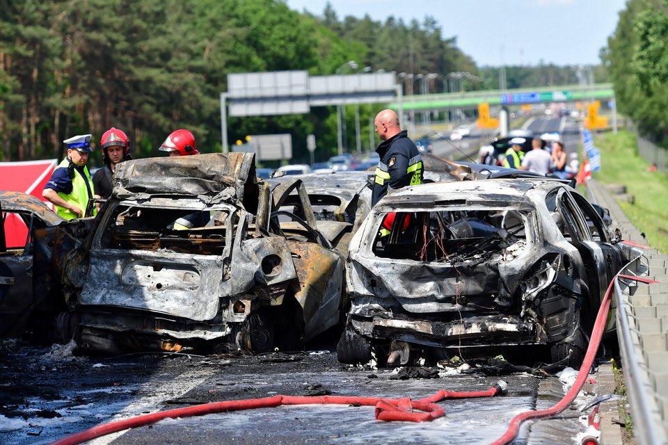 В ДТП в Польше погибли шесть человек