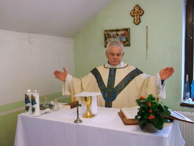 Священнослужитель - мошенник