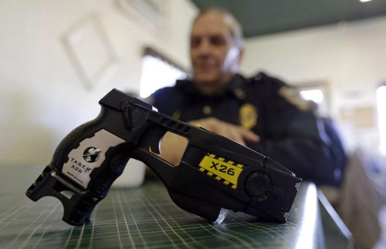 Электрошокер полиция